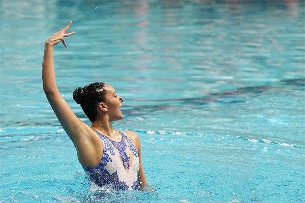 Madeline Groves Has Special Night at Victorian Open