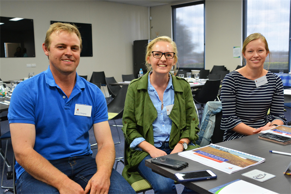 Young farmers, Ross & Ingrid Ubergang and Felicity Clapham attend recent workshop in Dalby.jpg